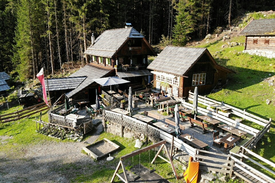 Schwussnerhütte